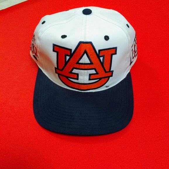4bf1f5737f72f University of Auburn hat. M 5c0abfbc8ad2f9b2693b7a30